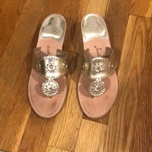 Size 7.5 platinum Jack Rogers with small heel